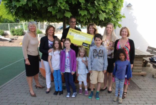 Scheckübergabe Lions Futura Volksschule Klosterneuburg