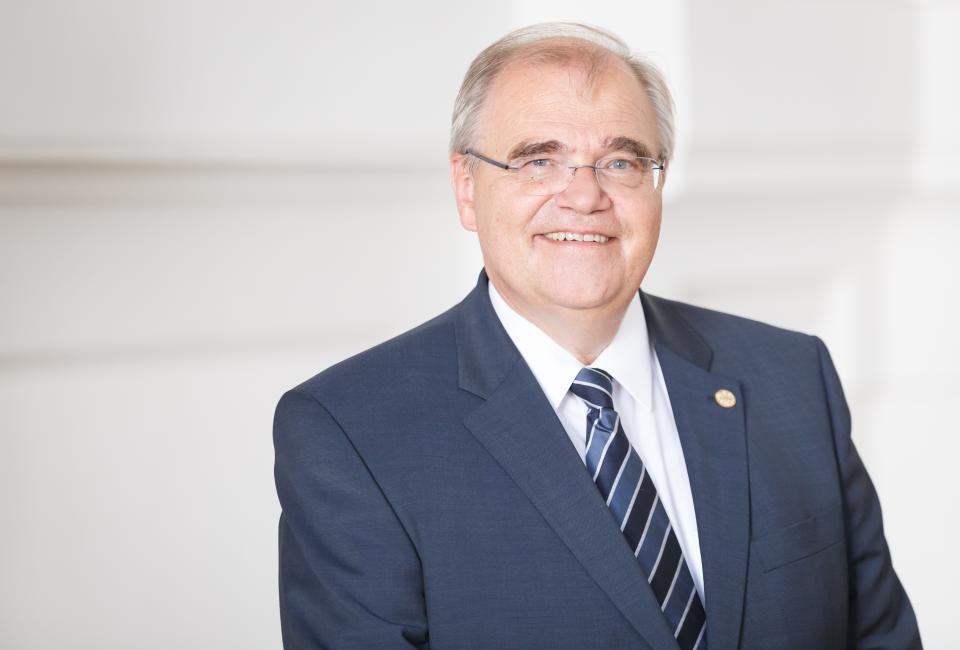 Portrait Dr. Wolfgang Brandstetter